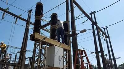 ANDE realiza mantenimiento de sistema transmisión en el Este