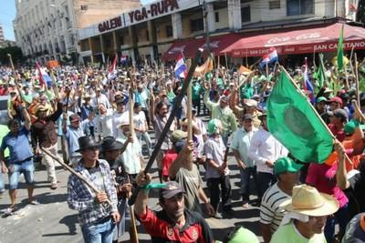 Marcha: habría campesinos con orden de detención