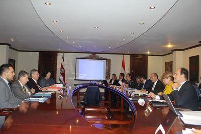 Paraguay y Costa Rica promueven fortalecimiento de inversión y cooperación