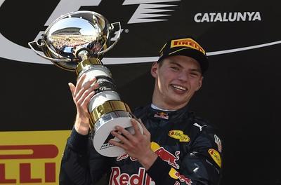 El holandés Verstappen entra en historia de F1 al ganar GP de España con 18 años