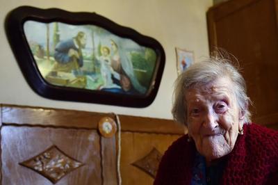 La mujer más anciana del mundo quiere superar a Jeanne Calment