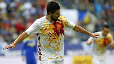 España gana a Bosnia en amistoso con doblete de Nolito