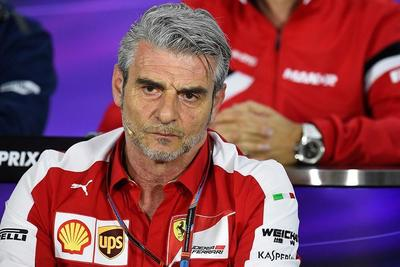 "Arrivabene no tira la toalla: ""Aún quedan 15 carreras"""