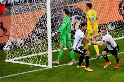 Alemania no falla en el debut