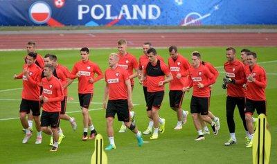 Suiza-Polonia, un duelo casi de Bundesliga