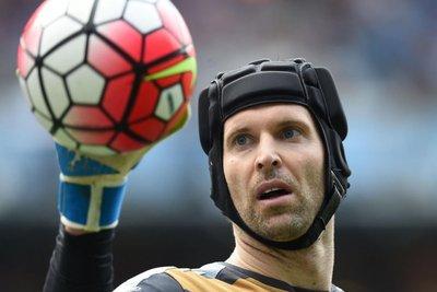Cech deja su selección