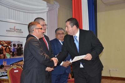 Primer Banco de Tejidos del país cuenta con certificación