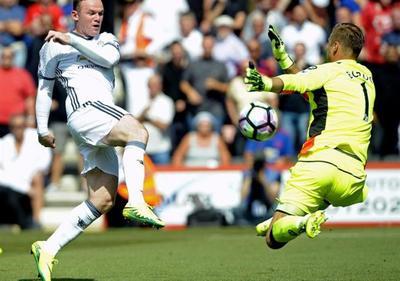 El United de Mourinho se estrena en liga con un cómodo triunfo en Bournemouth