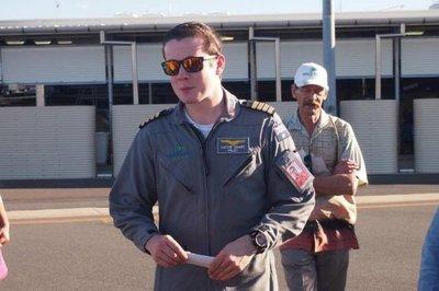 El piloto más joven en sobrevolar solo la tierra