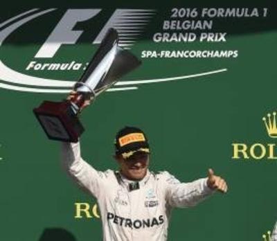 Nico gana en Bélgica y descuenta a Hamilton