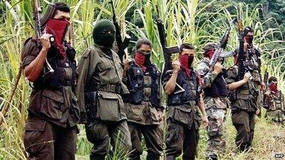 """ELN desea """"éxito"""" a FARC en su conversión"""