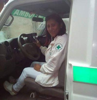 Tomó ambulancia para salvar a paciente
