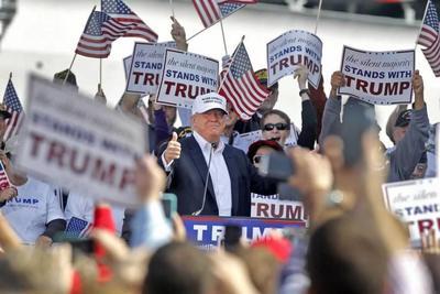 Apoyo a Donald Trump entre latinos cae en EEUU