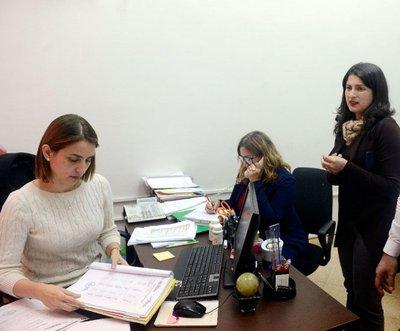 Productora cobra por trabajos que realiza un funcionario del MOPC