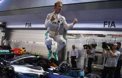 Rosberg gana en su carrera número 200