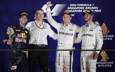 Rosberg arrebata la punta a Hamilton en Singapur
