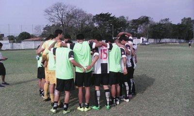 Guaraní y Libertad toman la delantera