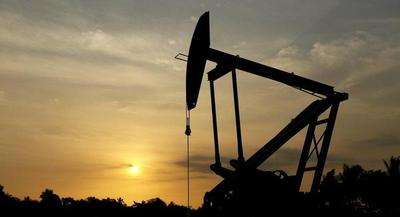 """OPEP: """"mejor solución es congelar producción"""" de petróleo"""