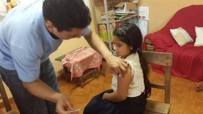 VPH: Niñas nacidas en el 2006 deben vacunarse