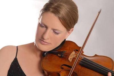 Concertista de violín alemana se presenta con la OSCA