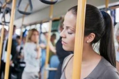 Paraguayos lanzan app para dormir en los buses y no pasar la parada