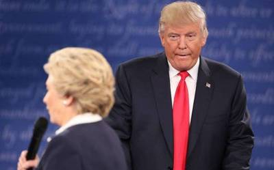 Clinton supera a Trump por 8 puntos tras escándalo por grabación