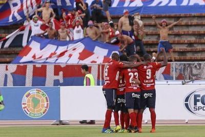 El DIM quiere retomar el rumbo ante Cerro Porteño