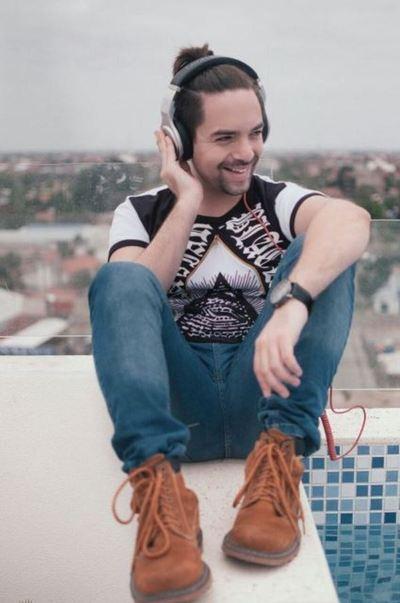 Novio De Mariela Bogado Tendrá Su Primer Show En Paraguay