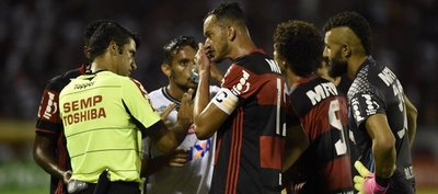 Restan 3 puntos al Flamengo a espera de decisión judicial