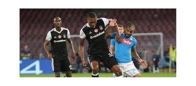 El Besiktas vence al Napoli y reabre el grupo