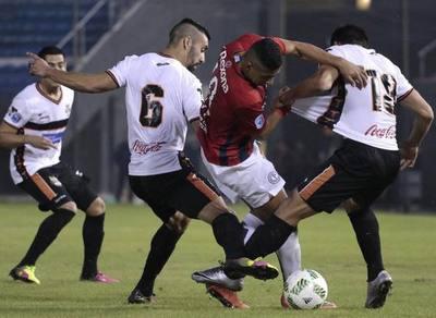 Cerro Porteño juega con su alternativo frente a Gral. Díaz