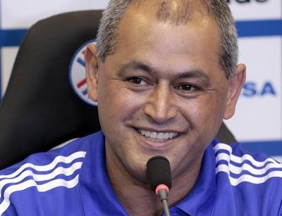 20 albirrojos de clubes del exterior, citados para juegos vs. Perú y Bolivia