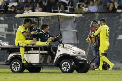Justo Villar está lesionado y será evaluado este jueves