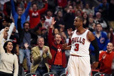 NBA: Wade y Howard debutan en grande sus nuevos equipos