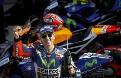 Jorge Lorenzo se despide de Yamaha a lo grande: victoria en Cheste