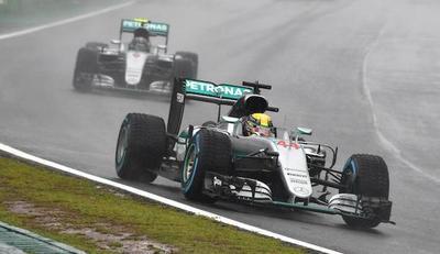 Hamilton y la lluvia ponen suspenso en F1