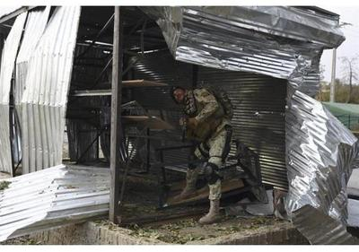 Al menos 5 muertos y 27 heridos en tres explosiones en cadena en Afganistán