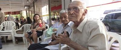 Paraguay, uno de los peores países para ser viejo, según estudio