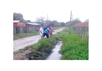Temporal ocasiona     severa inundación en Puerto Casado