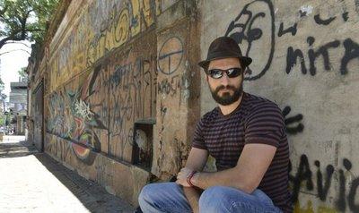 En busca de poetas: Encuentro con Eduardo Bechara