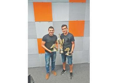 El  Pinti  y Camacho fueron premiados