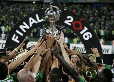 Champions y Libertadores, los dos mundos del fútbol