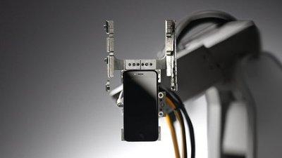 Ahora los iPhone serán fabricados solo por robots