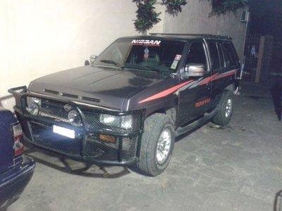 Roban camioneta del estacionamiento del IPS
