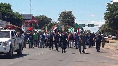 Policías arremetieron contra campesinos de Liberación para despejar la ruta