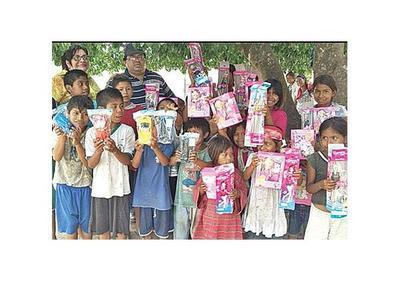 Reyes trajeron regalos a niños chaqueños