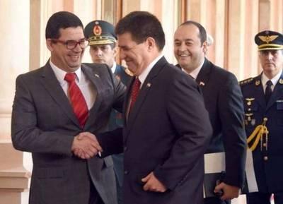 El banco de Horacio Cartes involucrado en una millonaria denuncia de lavado