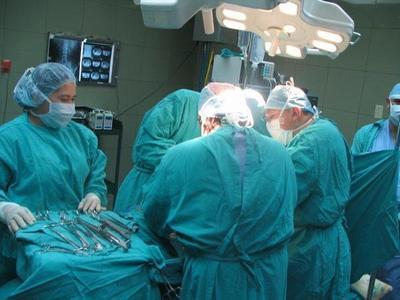 Trasplantes de córneas, gratis para insolventes