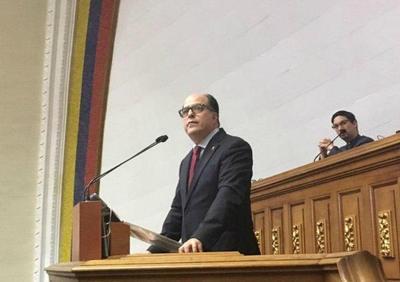 """Maduro acusó al Parlamento de un intento de """"golpe de Estado"""""""