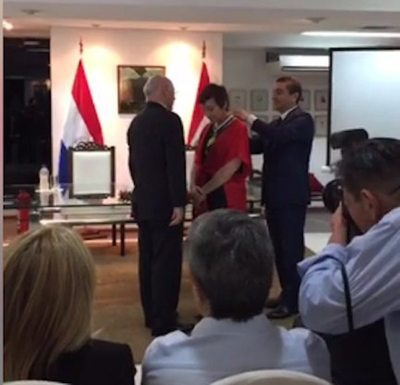 Distinguen a Berta Rojas con la Orden Nacional del Mérito